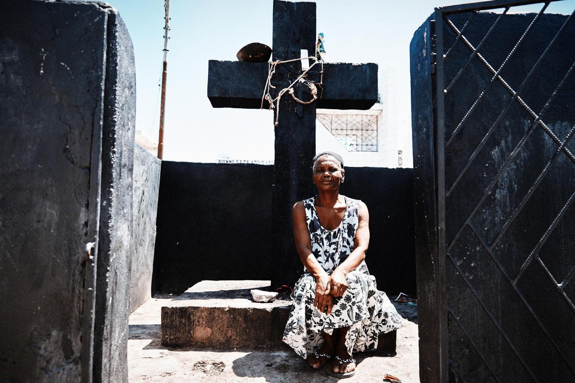 CAROLIN WINDEL Voodoo, Haiti (more-click here)